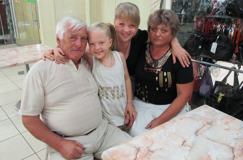 анастасия петрик биография и ее родители фото